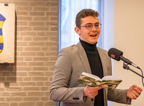 Thijs_Kersten-dorpsdichter_Heumen_2021-Foto_Hans_van_Wijk